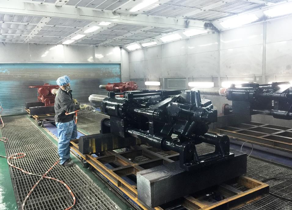 新疆机械喷漆设备